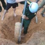 Tin tức trong ngày - Hà Tĩnh: Phát hiện quả bom trong chùa