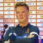 """Bóng đá - World Cup còn 38 ngày: """"Cú sốc nhỏ"""" từ Van Gaal"""