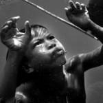 """Phi thường - kỳ quặc - Trẻ em tộc """"người cá"""" bí ẩn ở Thái"""