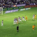 Bóng đá - Ramos đá phạt đẹp mắt chẳng kém Ronaldo
