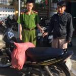 An ninh Xã hội - Cẩu tặc ném ớt bột vào cảnh sát để thoát thân