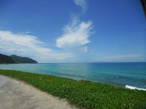 Quan Lạn - bãi biển đẹp và hoang sơ nhất miền Bắc - 1
