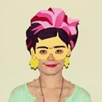 8X + 9X - Cô gái có sở thích trang trí mặt mỗi ngày
