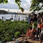 Tin tức trong ngày - Nhảy cầu tắm sông, 5 học sinh bị đuối nuớc