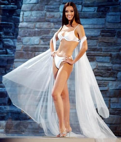 15 hoa hậu biểu diễn bikini đẹp nhất thế kỷ 21 - 1