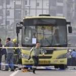 Tin tức trong ngày - TQ: Tưới xăng đốt xe bus, nghi phạm chết cháy