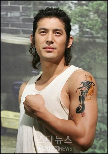 Jang Dong Gun và các tài tử Hàn khoe hình xăm - 8