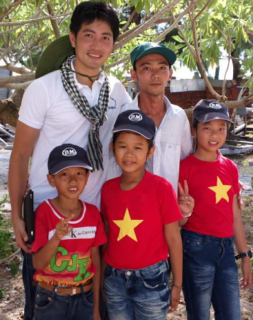 Nguyễn Phi Hùng và kỷ niệm bão táp ở Trường Sa - 7