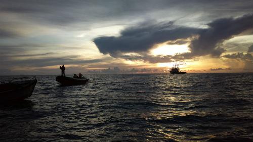 Nguyễn Phi Hùng và kỷ niệm bão táp ở Trường Sa - 6