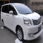 """Ô tô - Xe máy - Toyota NAV1 V Limited sang hơn """"người anh"""" Innova"""
