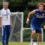 """Bóng đá Ngoại hạng Anh - Tiết lộ: Vì Costa, Mou biến Luiz thành """"vật tế thần"""""""