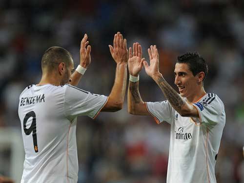 Arsenal tìm sát thủ: Hãy đợi Benzema - 2
