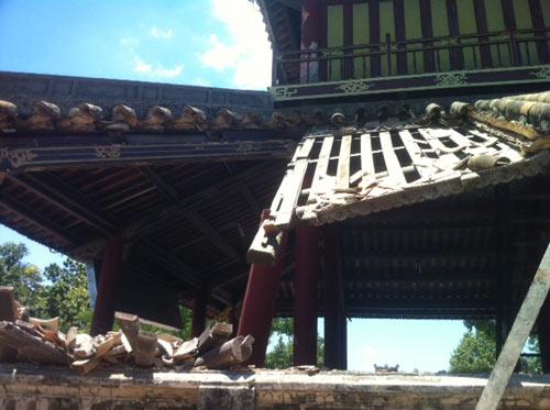Huế: Một góc Phu Văn Lâu bất ngờ đổ sụp - 5