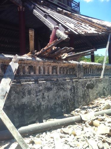 Huế: Một góc Phu Văn Lâu bất ngờ đổ sụp - 6