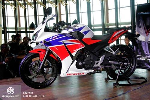 Honda ra mắt CBR250R 2014 siêu tiết kiệm nhiên liệu - 2