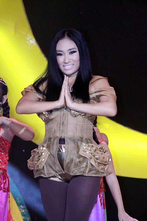 Choáng với phiên bản Lady Gaga xứ Việt - 10