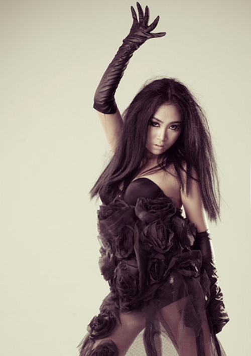 Choáng với phiên bản Lady Gaga xứ Việt - 8