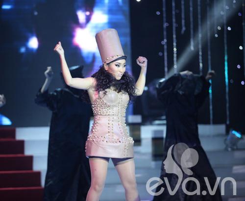 Choáng với phiên bản Lady Gaga xứ Việt - 13
