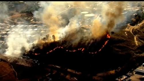 Mỹ: 20.000 người phải di tản vì cháy rừng - 2