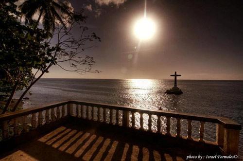 Độc đáo nghĩa trang dưới dưới biển ở Philippines - 5