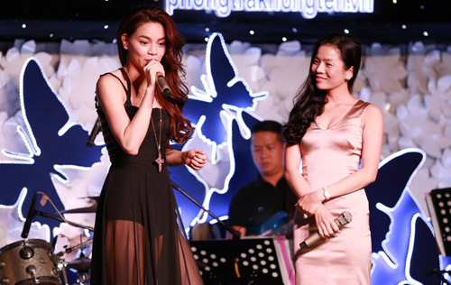 Hà Hồ xuyên thấu gợi cảm trên sân khấu - 7