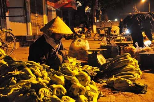 Những chợ 'âm phủ' đặc biệt ở Việt Nam - 5