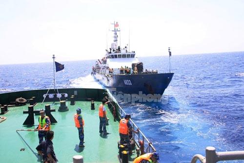 Trên tàu Cảnh sát biển làm nhiệm vụ ở Hoàng Sa - 2