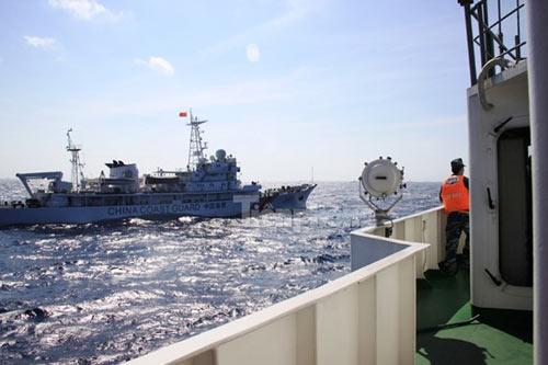 Trên tàu Cảnh sát biển làm nhiệm vụ ở Hoàng Sa - 5