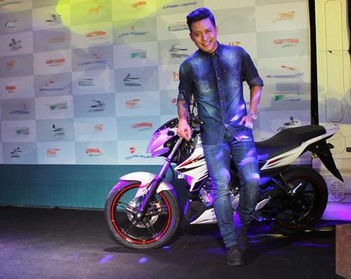 Yamaha FZ150i xuất hiện trong MV mới của Tuấn Hưng - 1