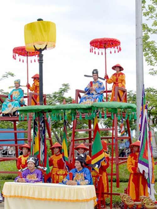 Linh khí trời Nam và sự tôn vinh võ Việt của cha ông - 3