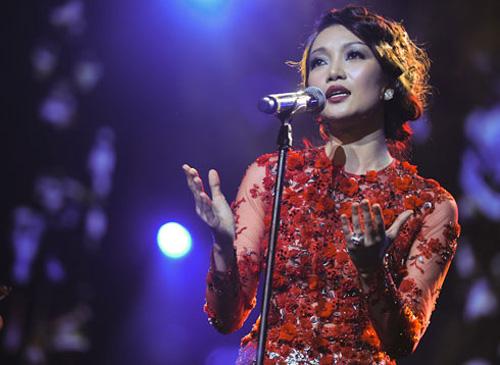 5 mỹ nhân tên Hà nổi danh làng nhạc Việt - 9