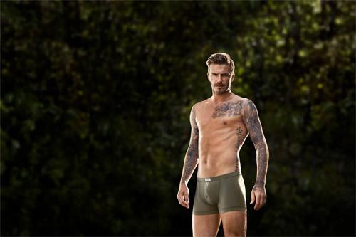 """Beckham """"cưa"""" đổ vợ nhờ... quần chip hấp dẫn - 1"""