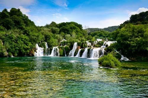 Đến Croatia đắm mình giữa dòng thác mát lạnh - 1