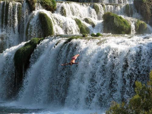 Đến Croatia đắm mình giữa dòng thác mát lạnh - 4
