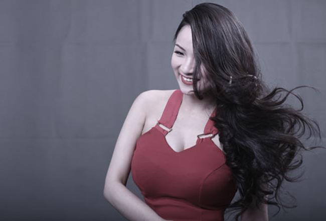 Từ một ca sỹ nóng bỏng, Minh Thủy đã tìm lại cho mình một hướng đi mới, bắt đầu từ sự nghiệp học hành. Khi đã có trong tay tấm bằng Đại học ở Mỹ, cô vẫn sẽ tiếp tục phát triển sự nghiệp ca hát.