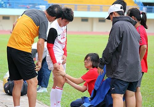 Ông Phát khích lệ tuyển nữ VN trước trận gặp Úc - 2