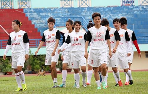 Ông Phát khích lệ tuyển nữ VN trước trận gặp Úc - 3