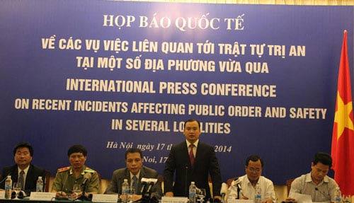 Biểu tình ở Hà Nội, TP. HCM phản đối TQ có trái luật? - 1