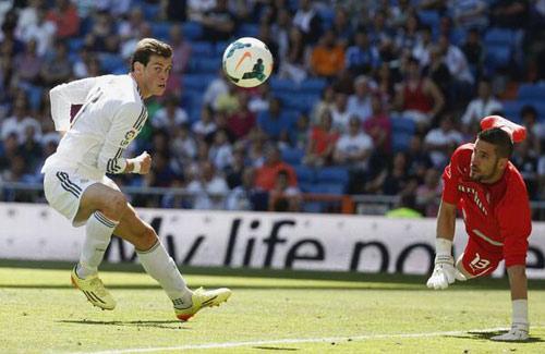 Real Madrid - Espanyol: 6 phút điên rồ - 2