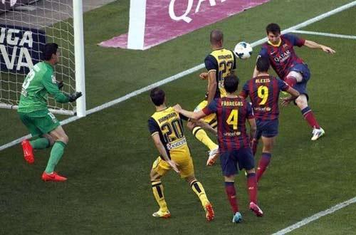 Barca: Trắng tay lại là điều tốt - 1