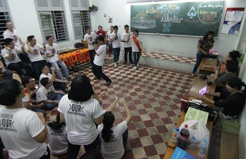 HS Lê Hồng Phong nức nở trong lễ trưởng thành - 5