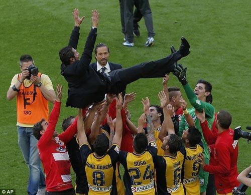 Diego Simeone: Cảm ơn, gã Robin Hood Argentina! - 3