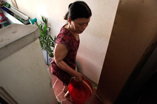 Dân Thủ đô nhịn tắm, ăn cháo vì mất nước - 6