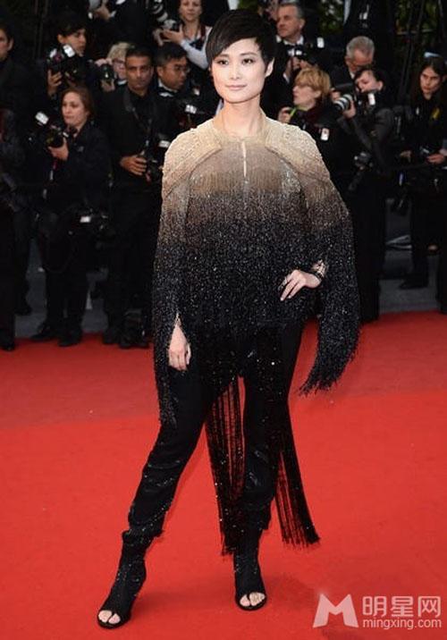 """Chặng đường """"lột xác"""" của mỹ nhân Hoa tại Cannes - 16"""