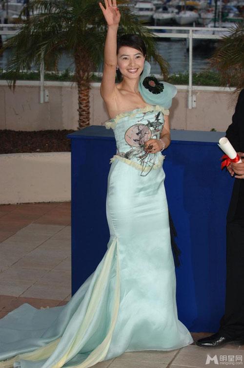 """Chặng đường """"lột xác"""" của mỹ nhân Hoa tại Cannes - 17"""