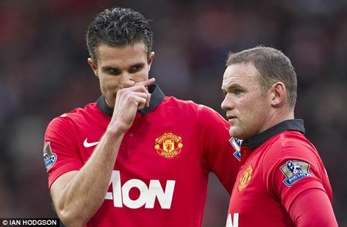 Persie có thể lấy băng đội trưởng của Rooney - 1