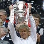 Bóng đá - Vô địch FA Cup, Wenger lập tức gia hạn hợp đồng
