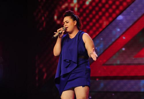 2 chàng trai làm trái quy định của X Factor - 4