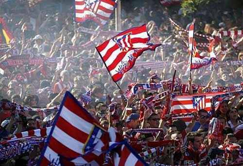 Diễu hành mừng công, Atletico phủ đỏ Madrid - 5