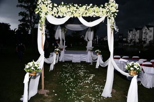 Khánh Linh: Mưa giông không cản được lễ cưới - 2